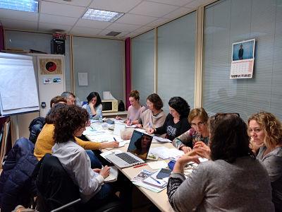 Imagen del grupo Erlauntza Intxaurrondo en reunión
